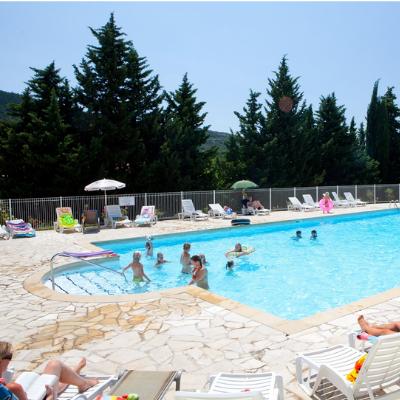Camping en Ardèche à Lussas avec Piscine chauffée